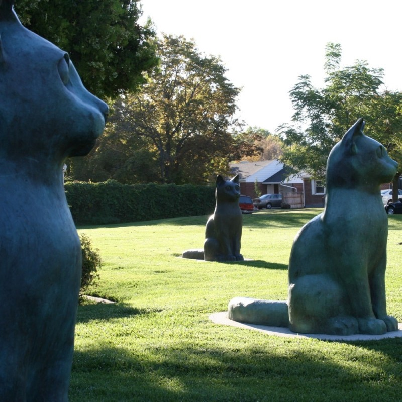 Rose Park Cat Statues